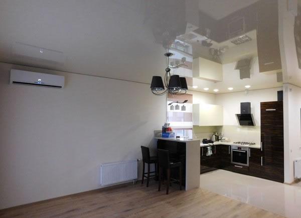 Подсветка рабочей зоны кухни точечными светильниками №1