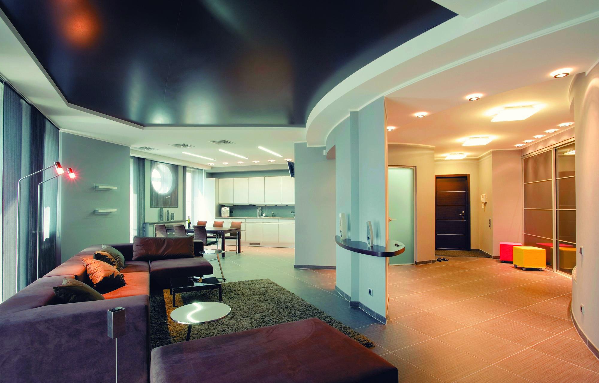 Интерьер потолка для квартиры